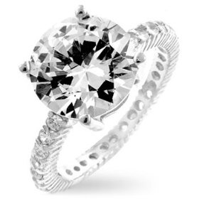 Why To Buy Pave Engagement Rings